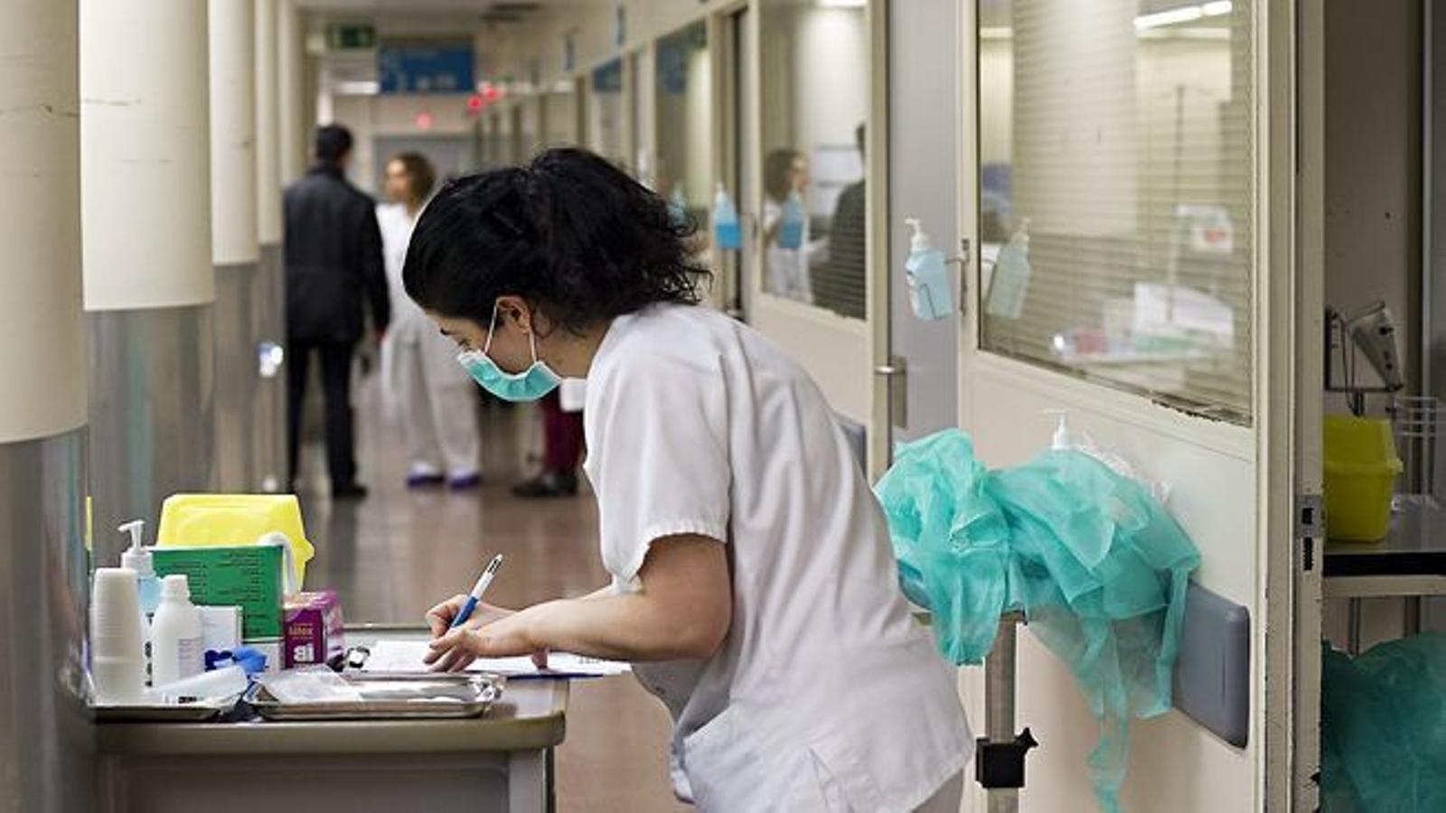Els sindicats consideren que aquesta mesura milloraria l'atenció sanitària als escolars.