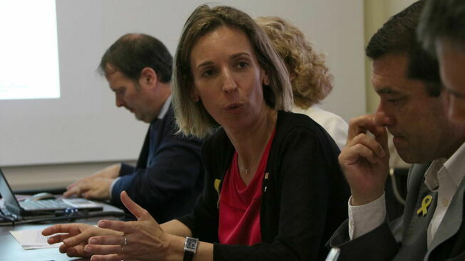 La consellera d'Empresa, Àngels Chacón.