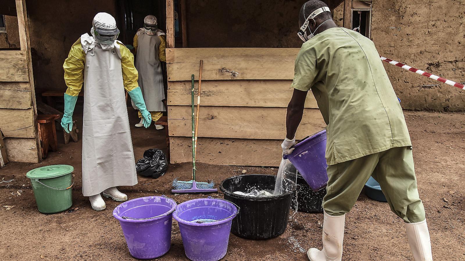 """""""L'Ebola no existeix, és una invenció  de les ONG"""""""