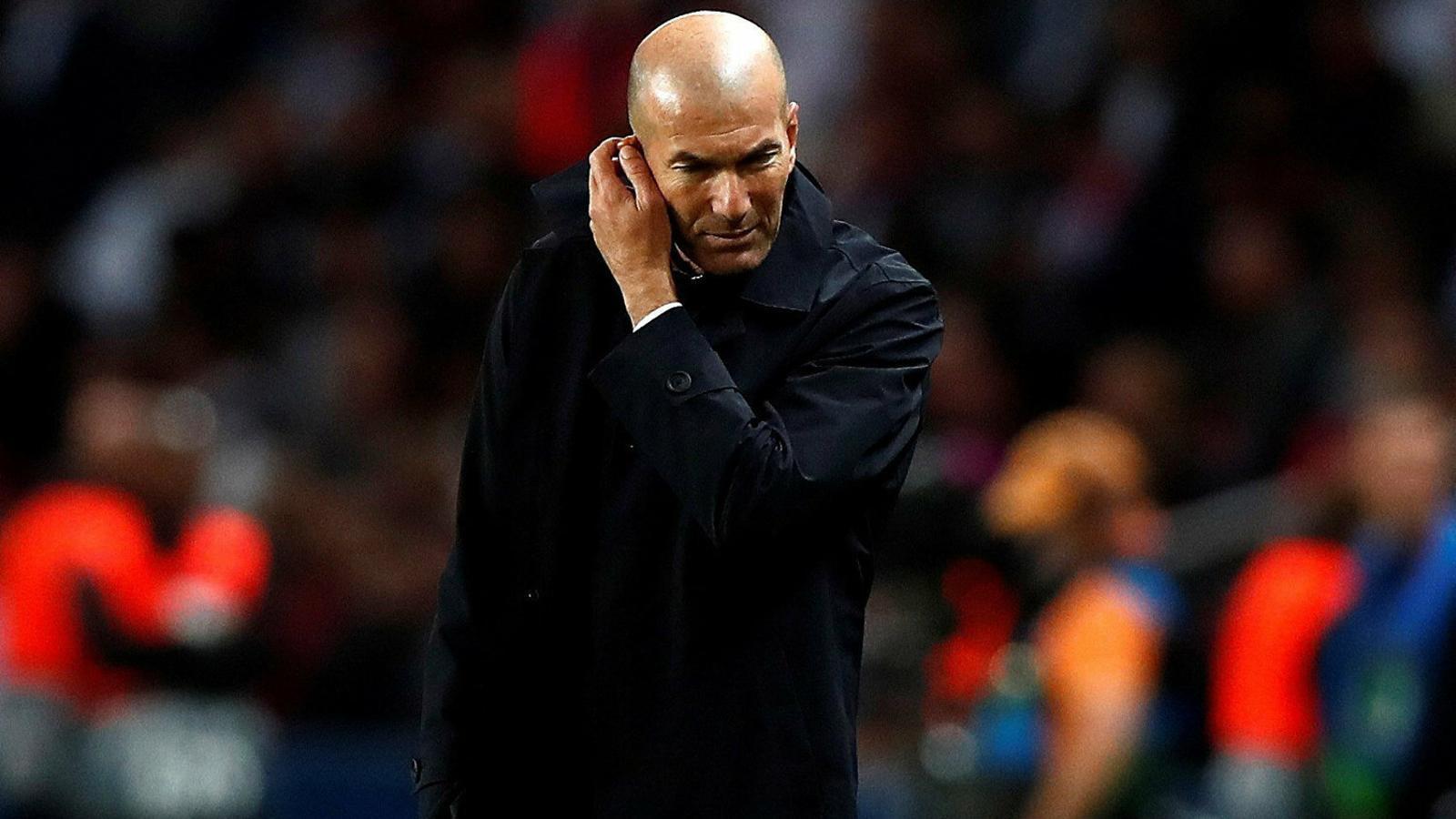 Les curioses decisions  De Zidane