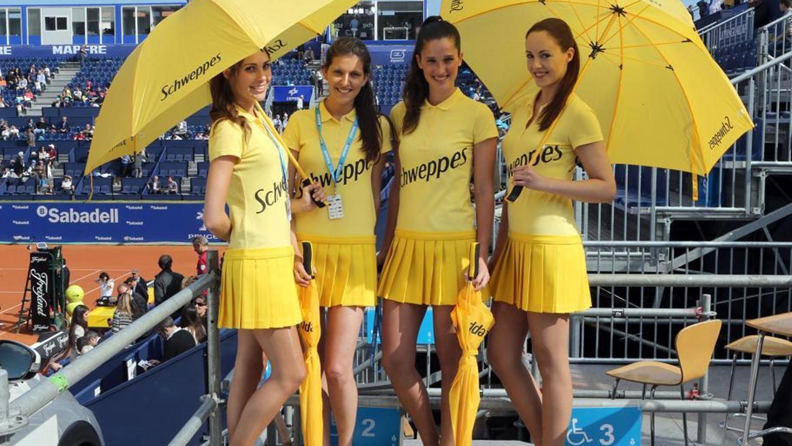 Multes per infracció molt greu en el cas de les hostesses del Trofeu Godó