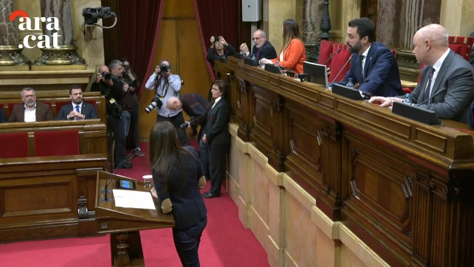 """Torrent suspèn el ple després que Cs hagi cridat """"delinqüent"""" a Torra"""