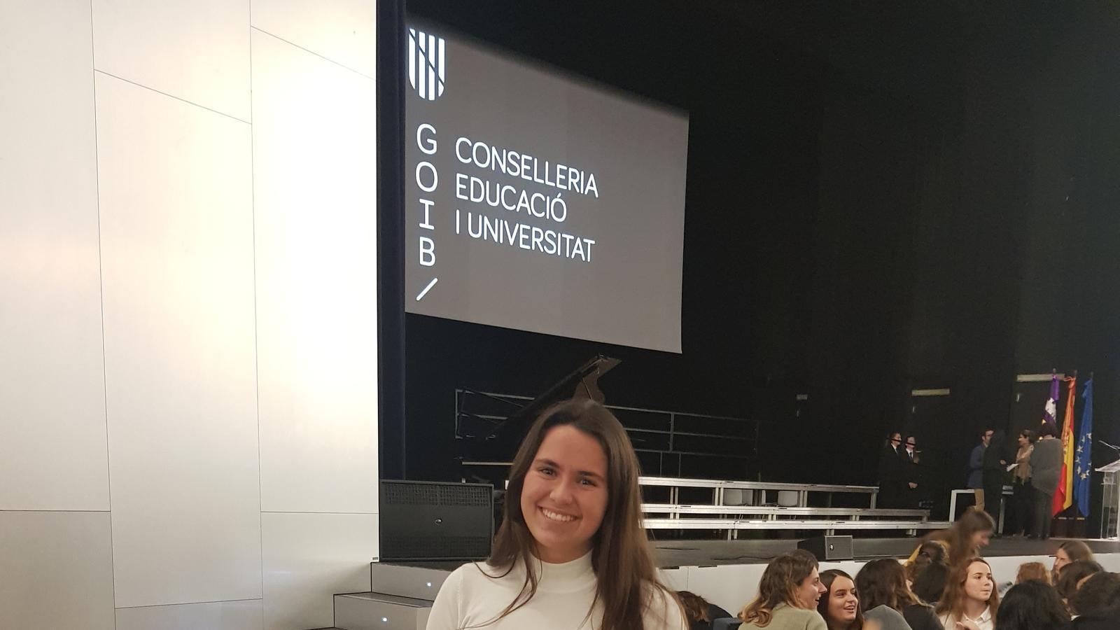 Rosa Bauzà, una de les alumnes premiades
