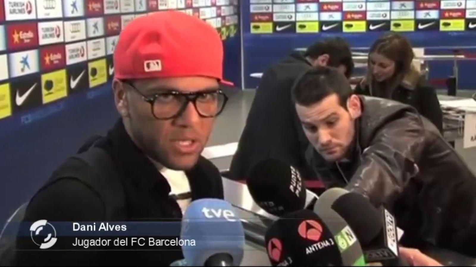 Alves assegura que els anys amb Guardiola ha estat els millors de la seva vida