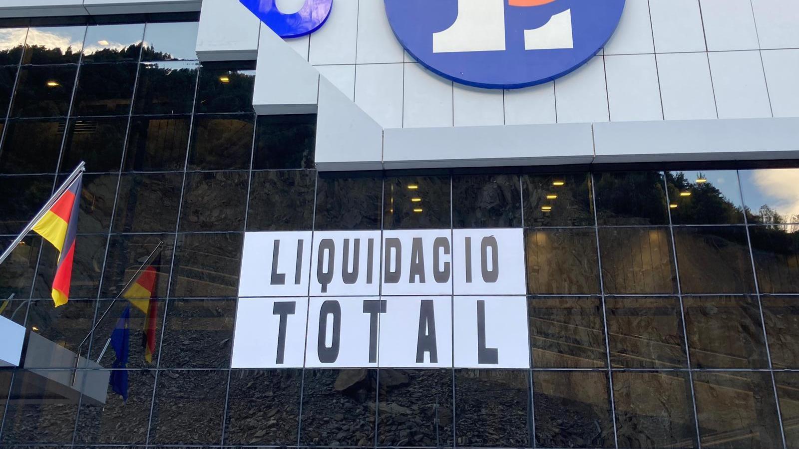 La liquidació total del Punt de Trobada traspassa fronteres / AS