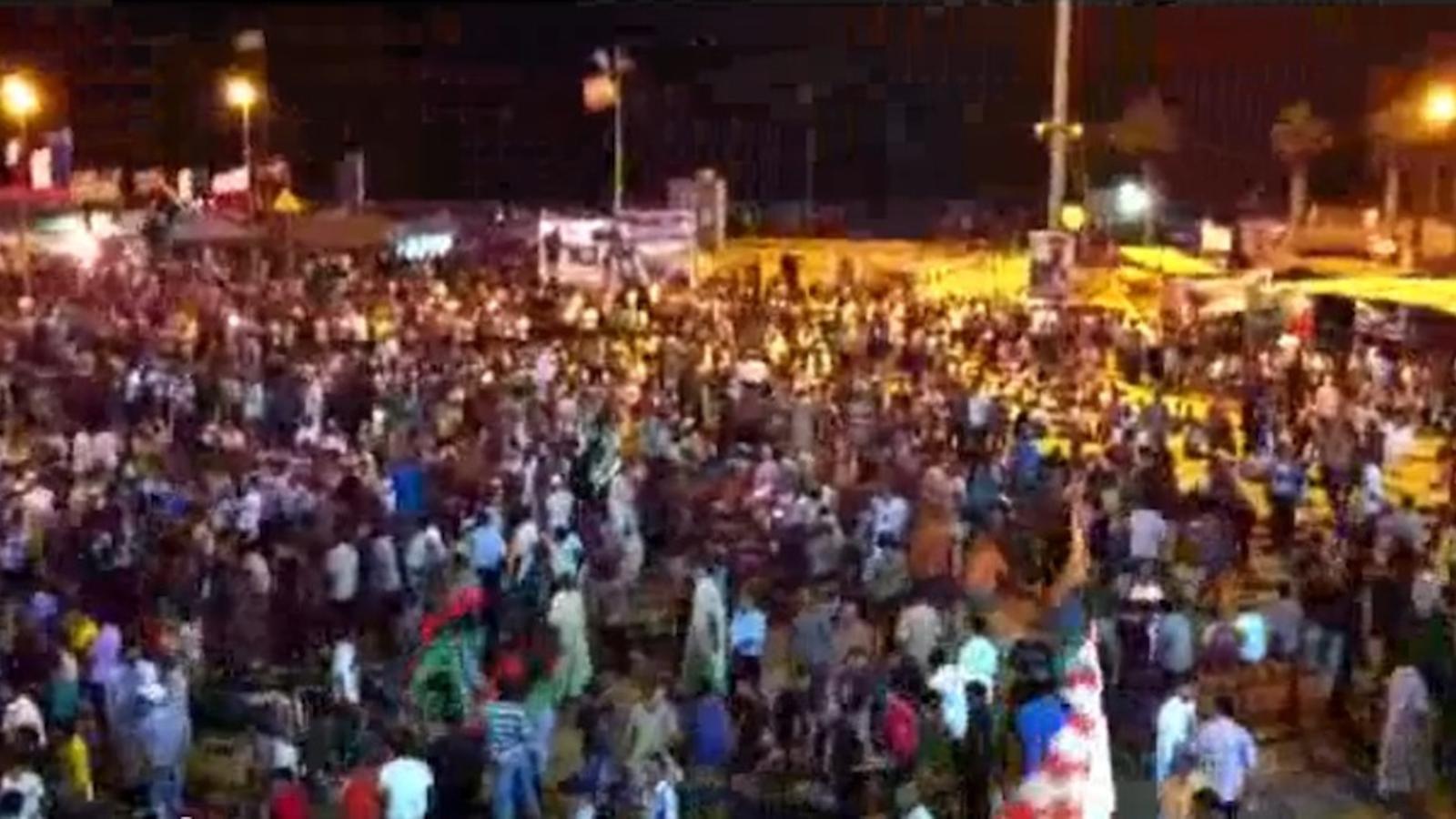 Celebracions massives a la capital rebel per la fi imminent del règim de Gaddafi