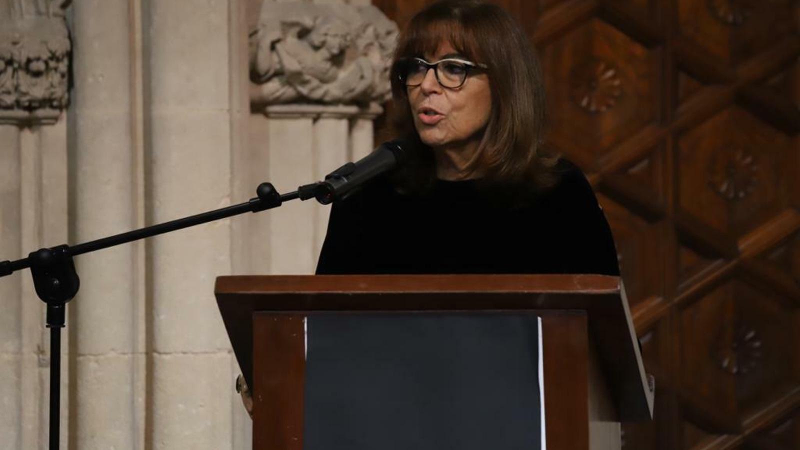 Maria del Mar Bonet rep els honors de l'Acadèmia de Belles Arts