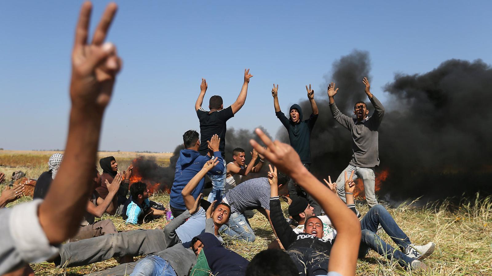 Els palestins mantenen la protesta pel dret al retorn malgrat la repressió