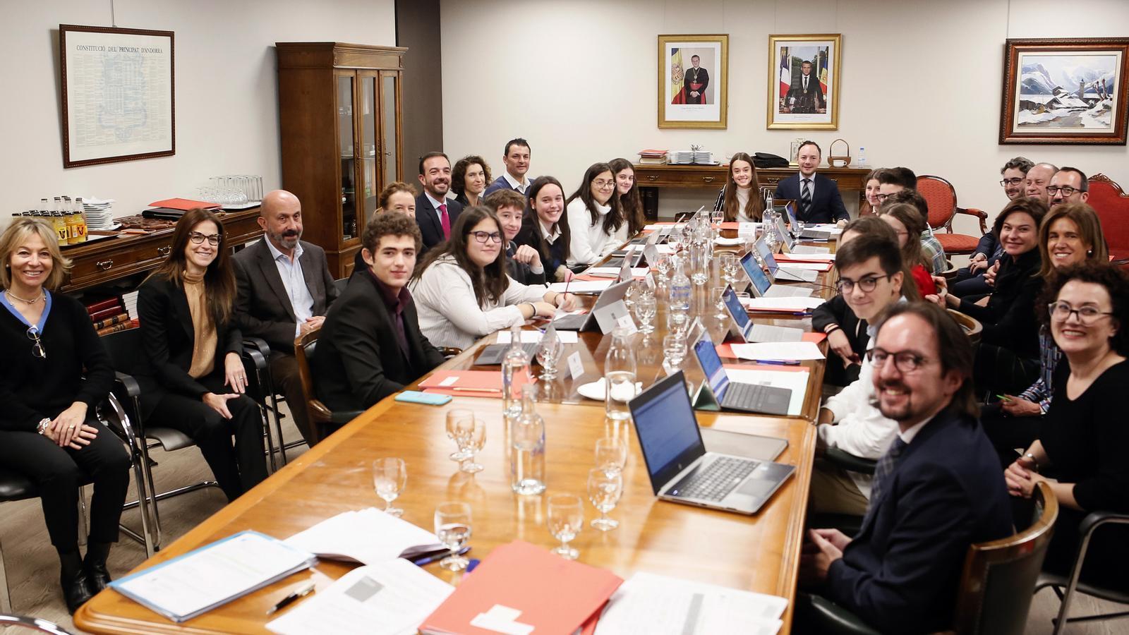 Consell de ministres especial amb joves. / SFG