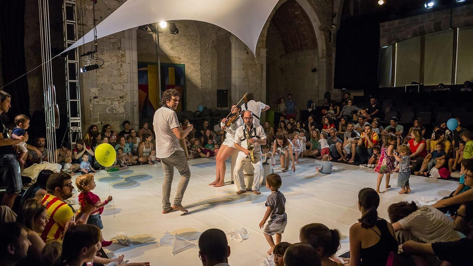 GRAN CITA FAMILIAR: TORNA el Festivalot