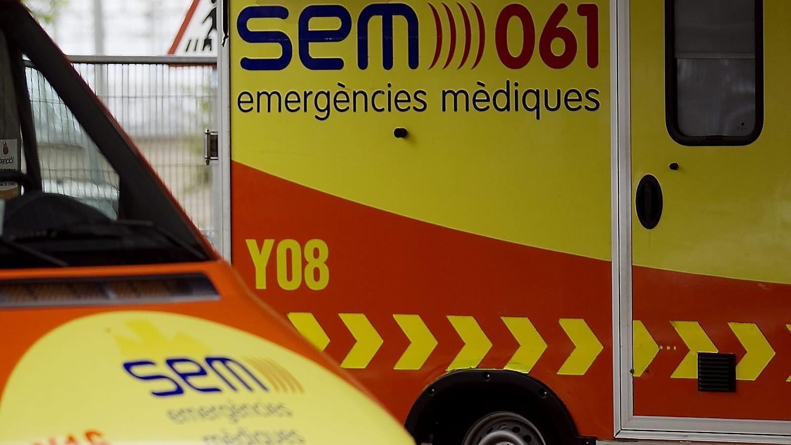 Tres accidents mortals en 10 hores a les carreteres provoquen la mort de dos motoristes i el conductor d'un patinet