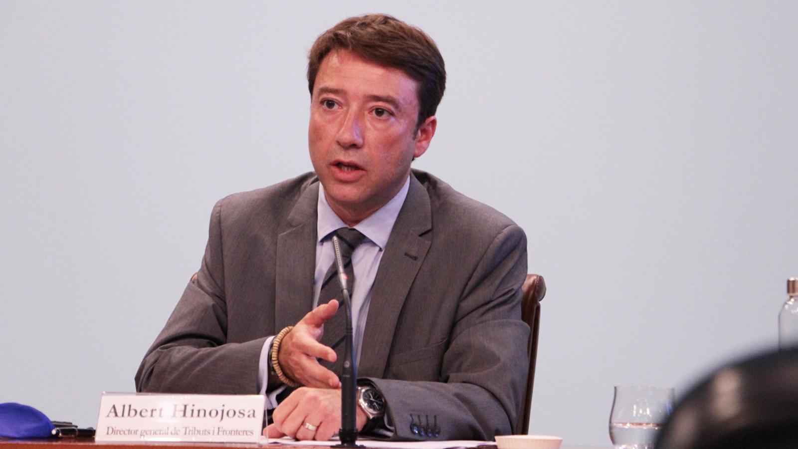 El director general de Tributs i Fronteres, Albert Hinojosa, durant la roda de premsa posterior el consell de ministres