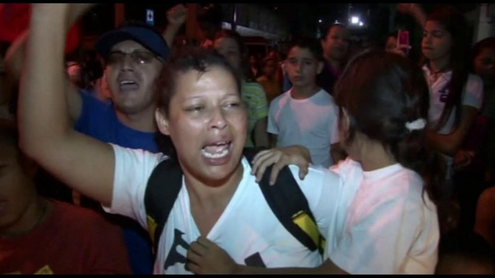 El poble veneçolà, commocionat per la mort del president Chávez