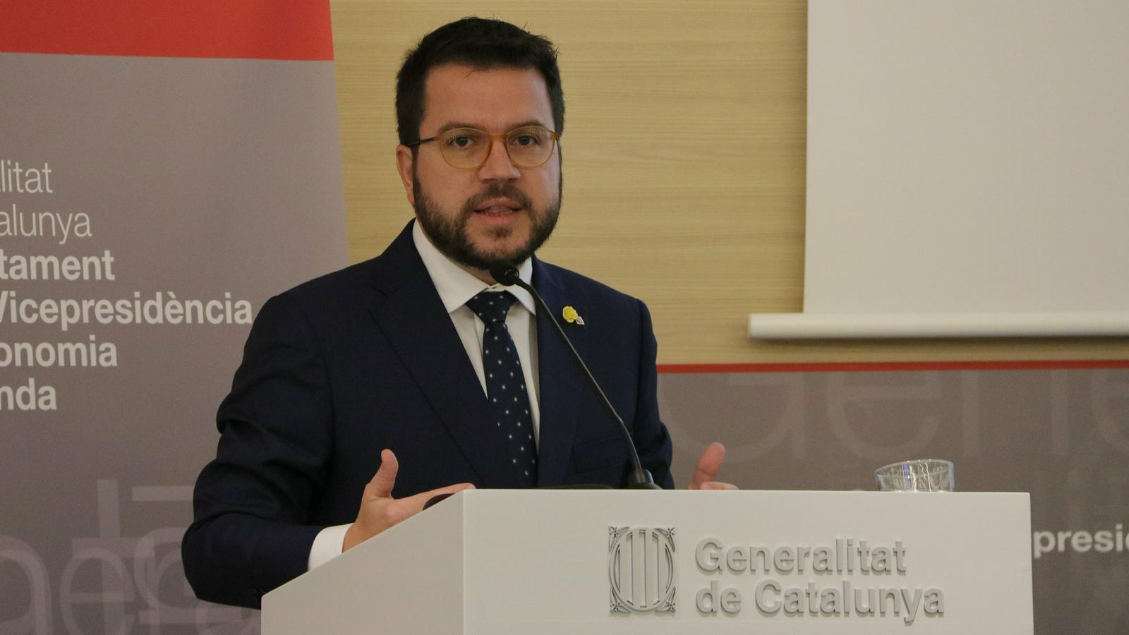 El Govern empeny els agents socials perquè pactin un salari mínim català