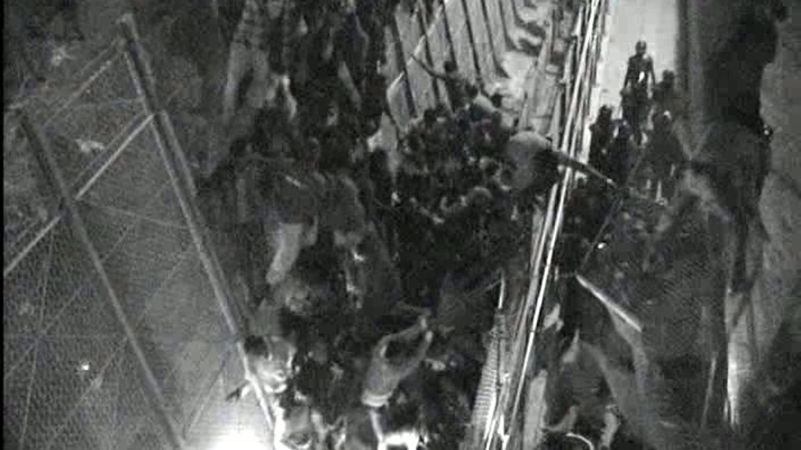 Intent de salt de la tanca fronterera entre Melilla i el Marroc, la nit de dimarts a dimecres