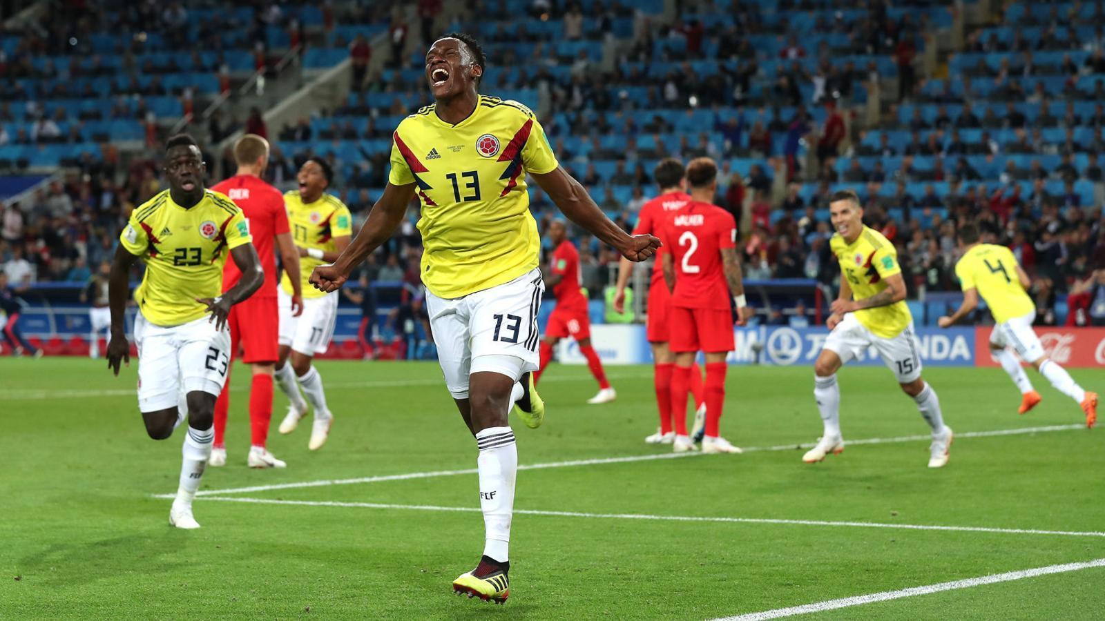Yerry Mina celebrant un gol amb la selecció de Colòmbia durant el Mundial.