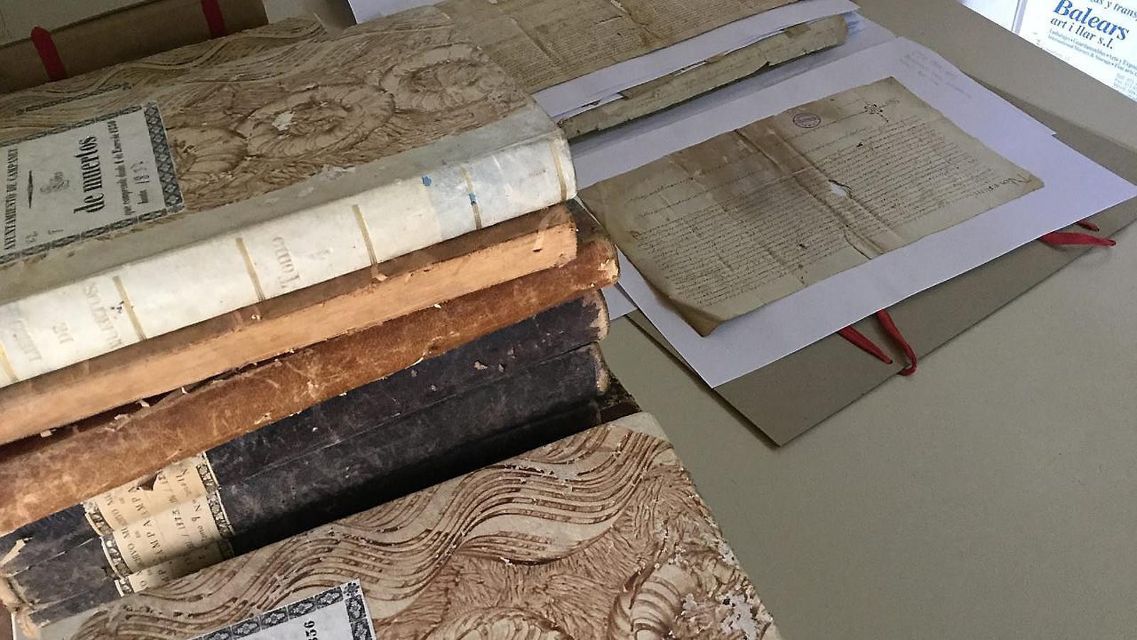 El Consell recupera catorze arxius municipals