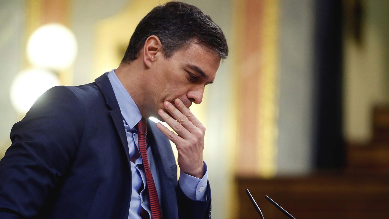 El govern espanyol amenaça amb el caos si no hi ha estat d'alarma i fluix retorn a l'activitat comercial: les claus del dia, amb Antoni Bassas (05/05/2020)
