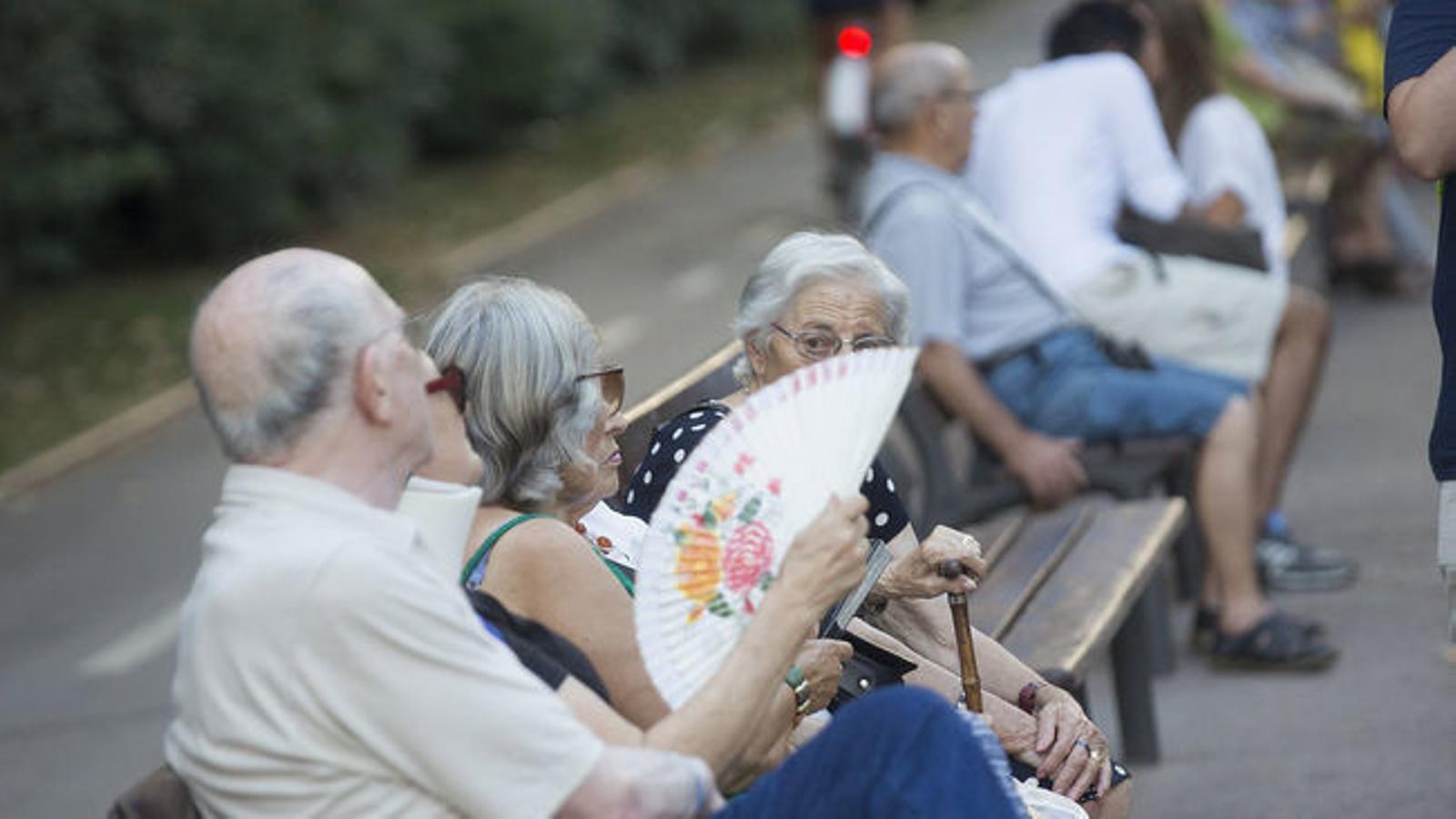 L'edat per cobrar el 100% de la jubilació s'eleva als 65 anys i 8 mesos