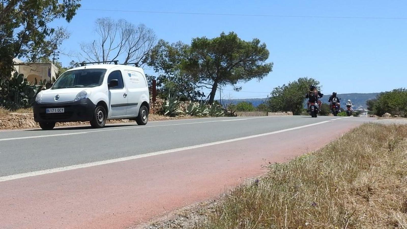 Formentera autoritza una mitjana diària de 19.183 vehicles la primera quinzena de juliol
