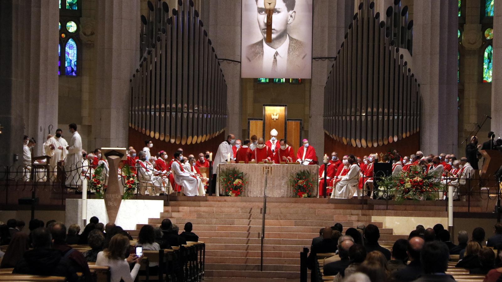 Salut obre un expedient per investigar la missa multitudinària a la Sagrada Família