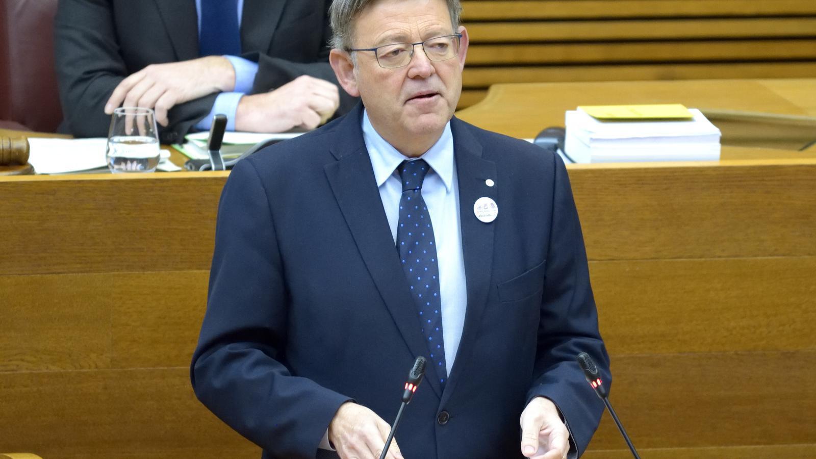 Ximo Puig durant la seva intervenció a la sessió de control al govern valencià.