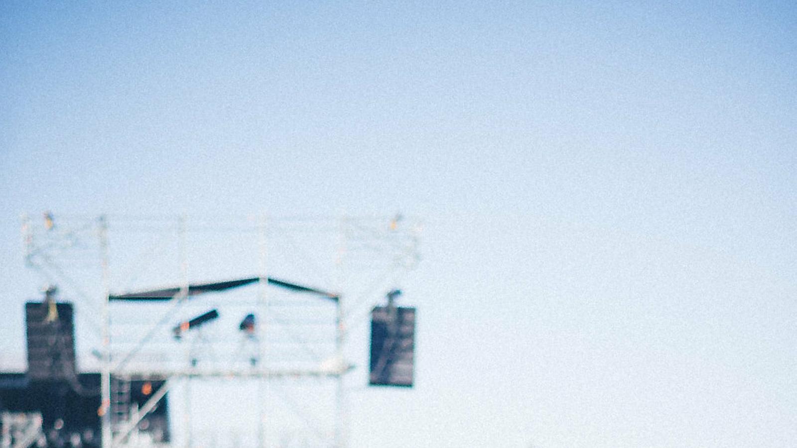 1. Pavvla actuant en l'última edició del Primavera Sound.  2. Sharon Van Etten, cap de cartell del Vida Festival. 3. El grup de rap combatiu Tribade.