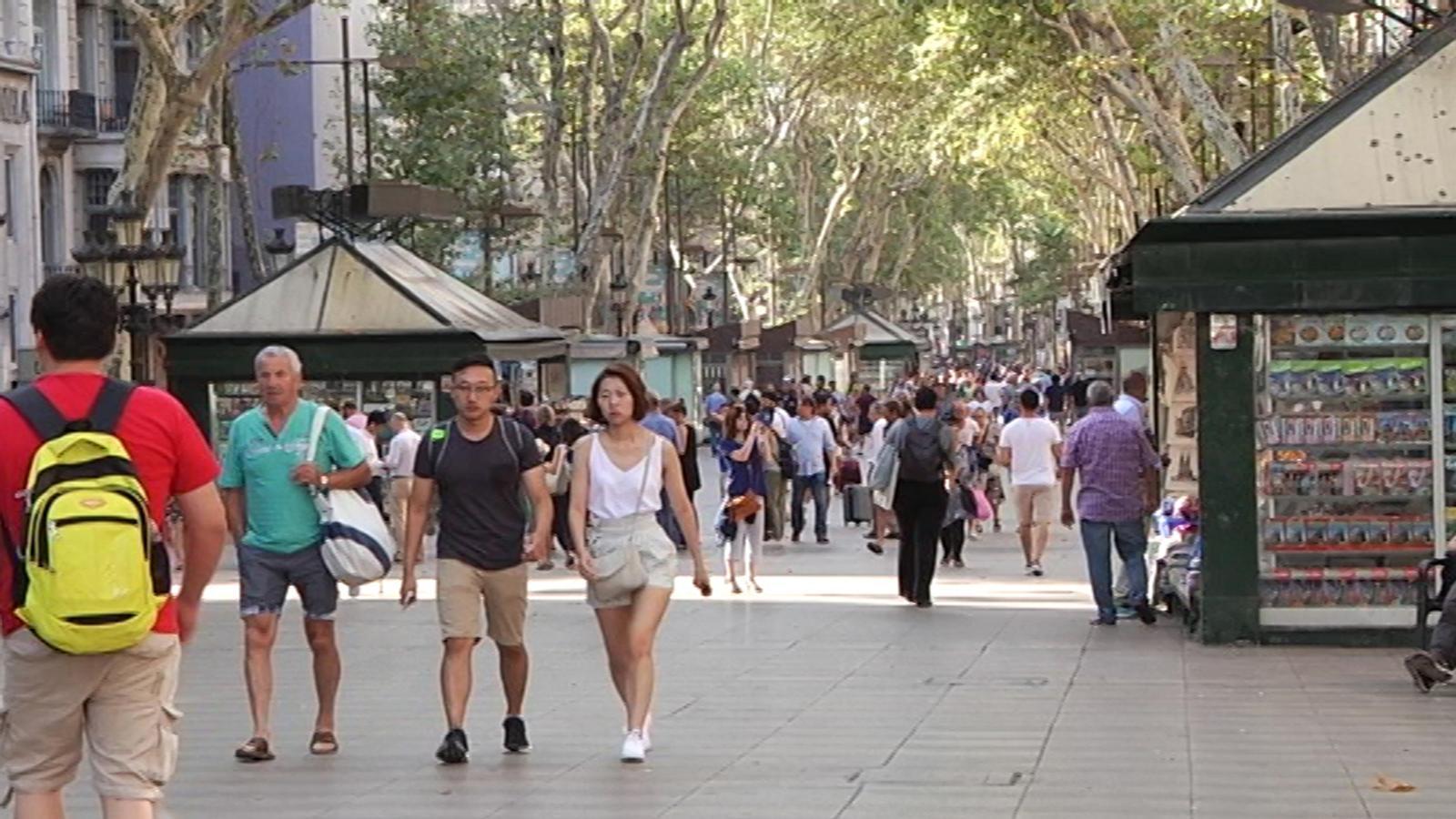 Així ha despertat la Rambla de Barcelona l'endemà de l'atac terrorista