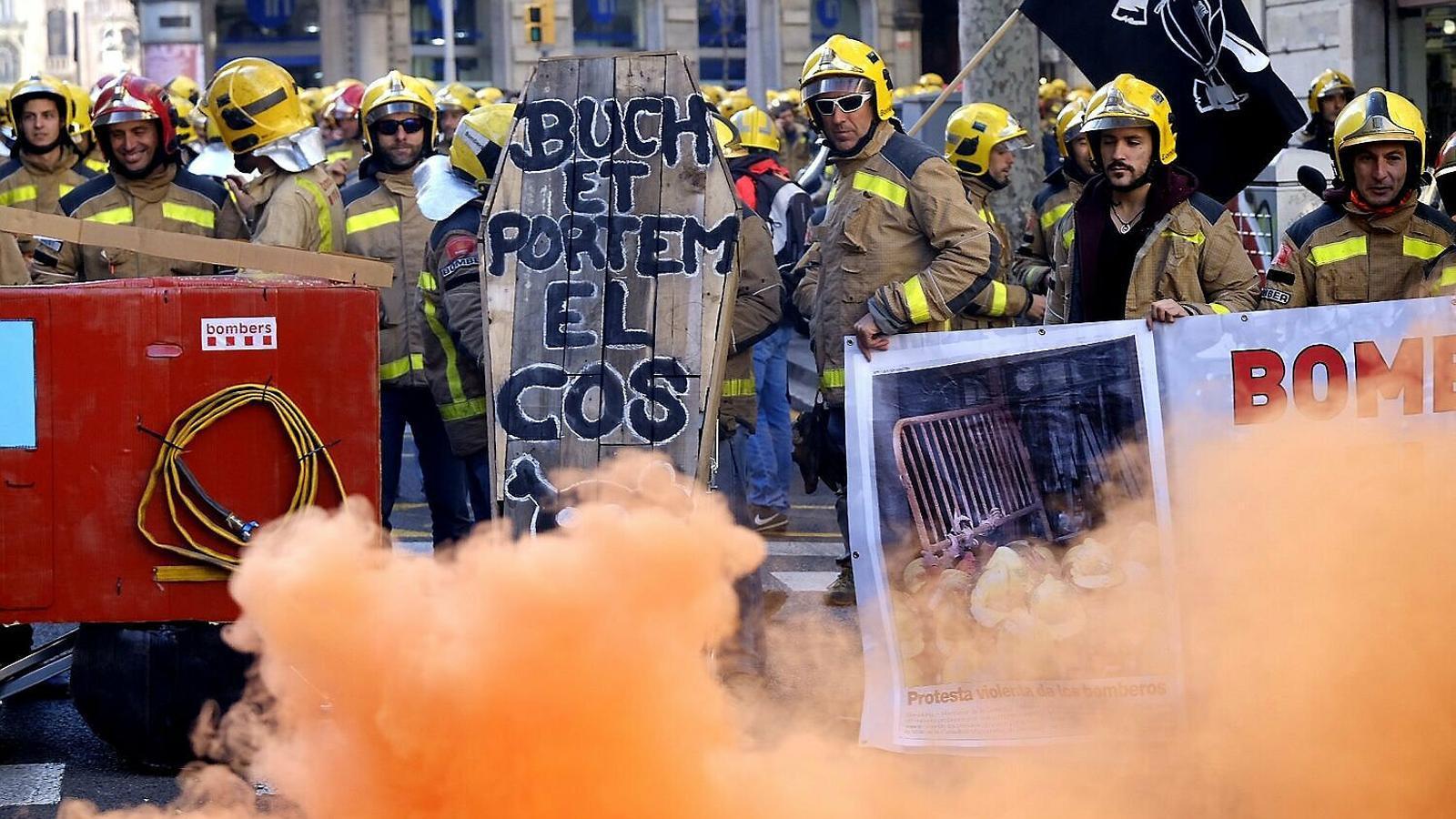 Fi de la protesta que ha fet tancar parcs de bombers