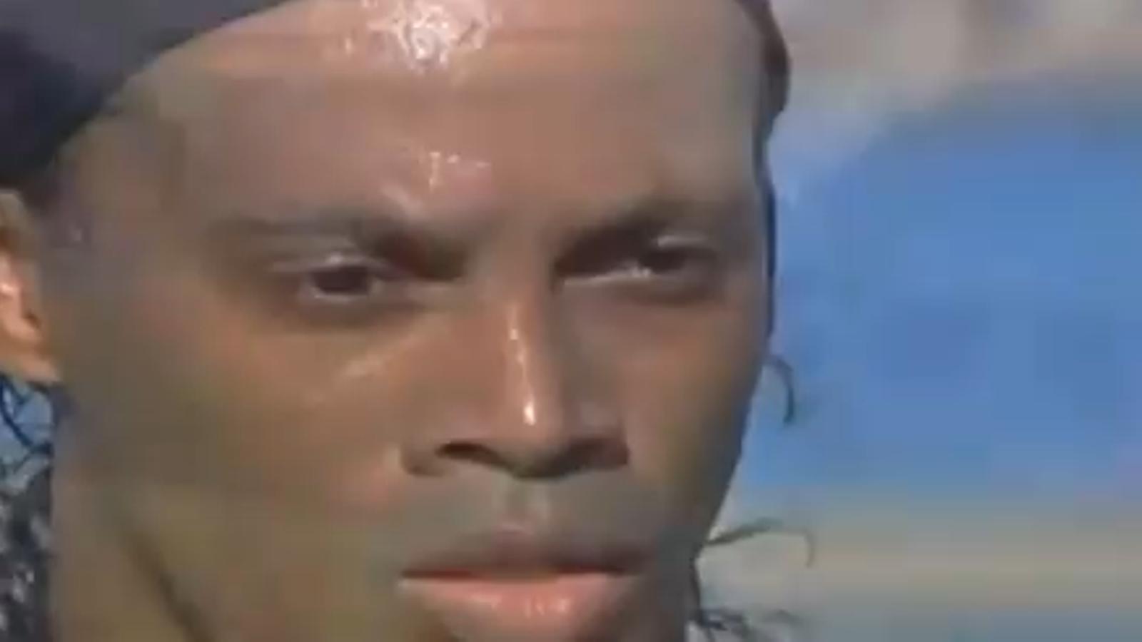 El primer gol de Ronaldinho amb la samarreta del Flamengo