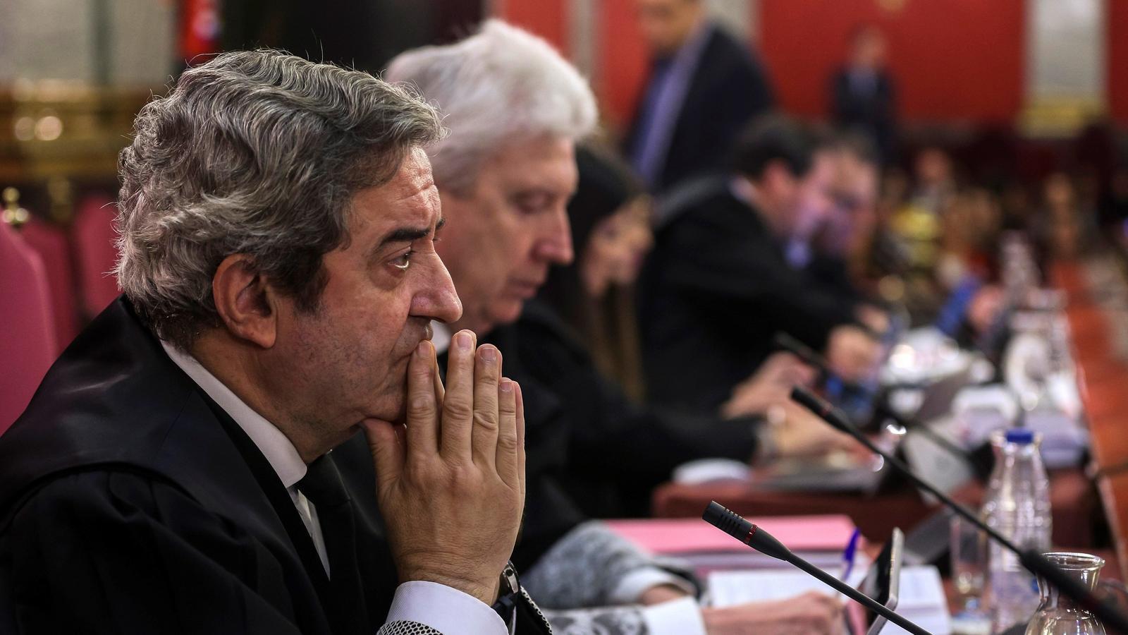 """La Fiscalia rebat els presos: """"Aquest és un judici en defensa de la democràcia espanyola"""""""