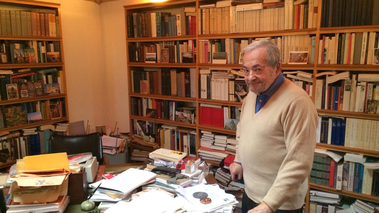 L'anàlisi d'Antoni Bassas: George Steiner es preguntava com pot algú cantar Schubert al vespre i torturar algú al matí