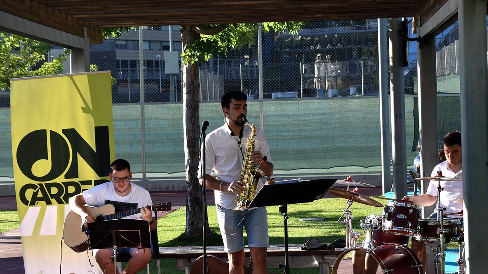Un moment del concert que Tudo's Band ha ofert aquest divendres al Prat del Roure d'Escaldes-Engordany. / M. F. (ANA)