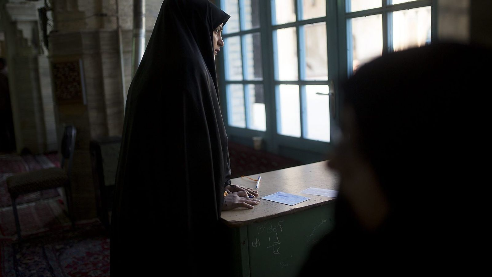 Una nova policia moral reprimirà encara més les dones a l'Iran