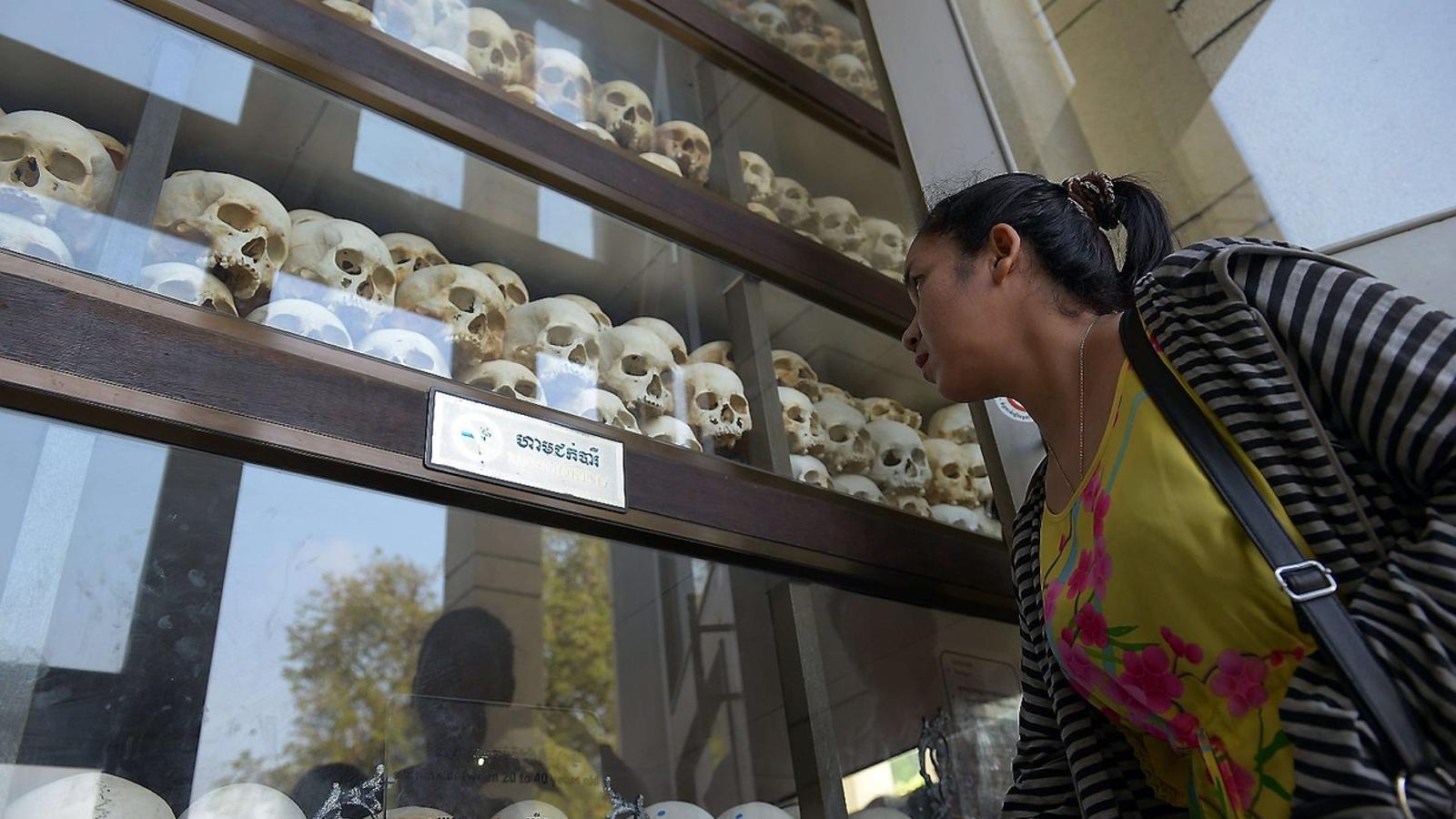 Cambodja evoca el terror dels Khmers Rojos 40 anys després