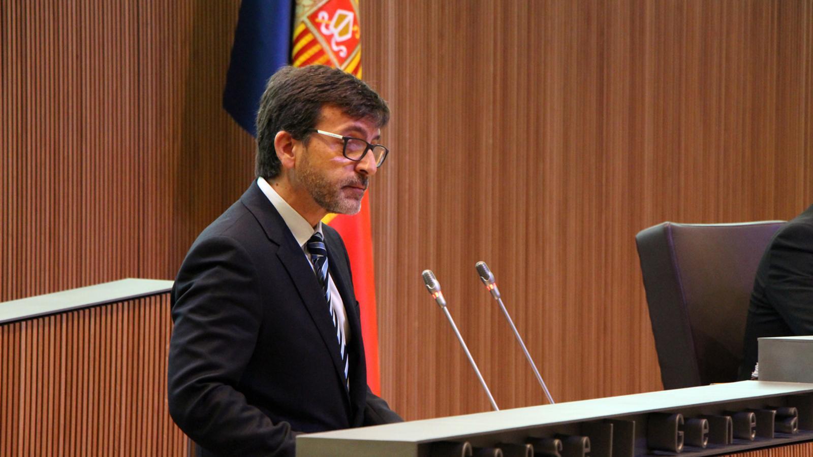 El ministre de Finances, Jordi Cinca, durant la sessió de Consell General. / M. M. (ANA)