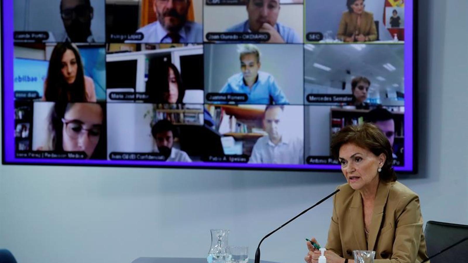 La vicepresidenta primera del govern espanyol, Carmen Calvo, en roda de premsa posterior al consell de ministres d'aquest dimarts.
