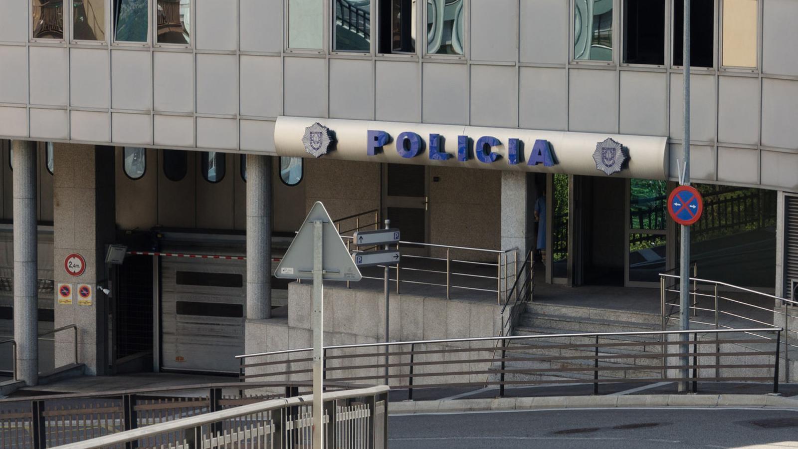 L'edifici de la policia. / Arxiu ANA