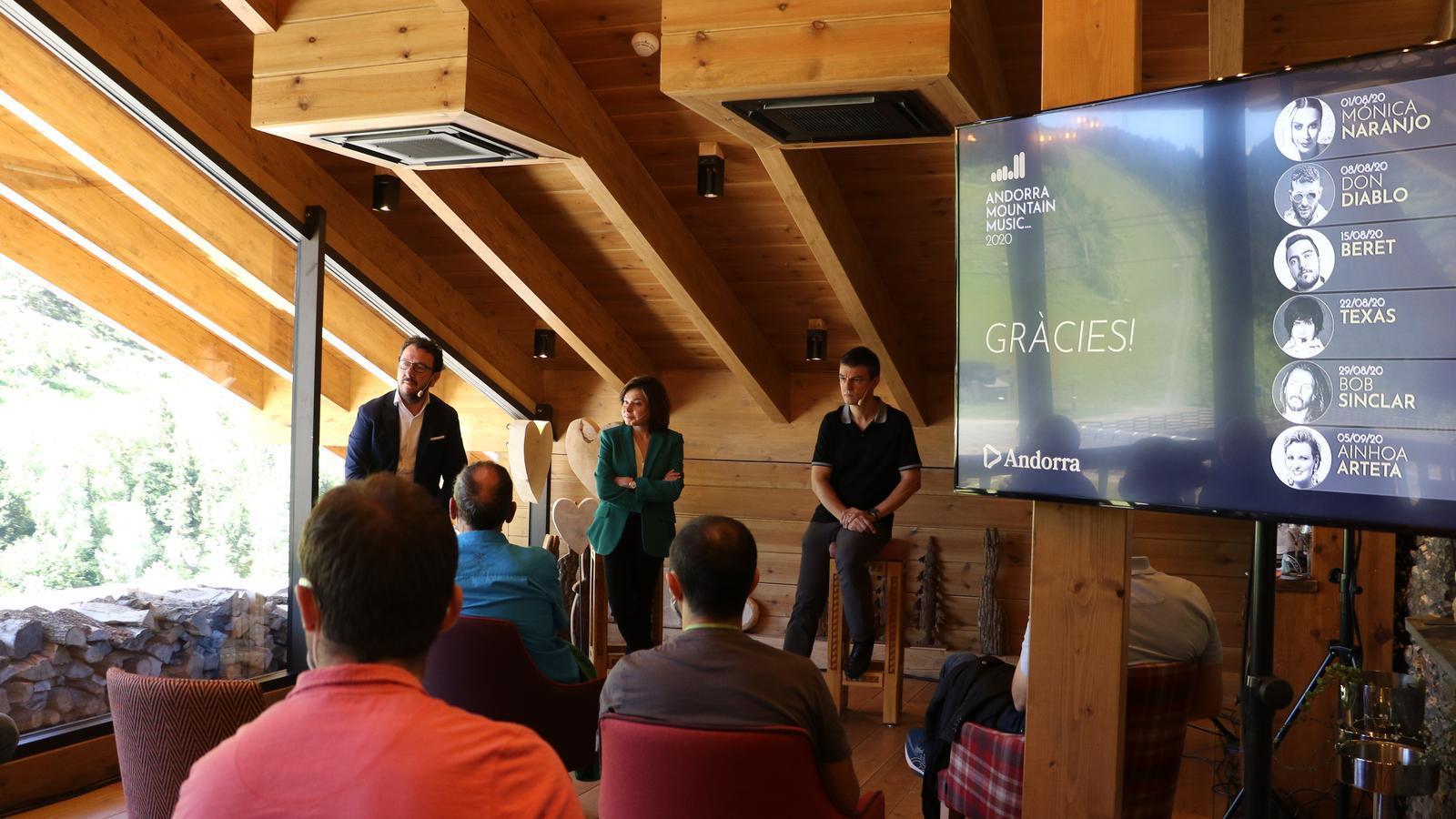 El director general d'Andorra Turisme, Betim Budzaku, la ministra de Turisme, Verònica Canals, i el director de producte i nous projectes, Eric Torres, durant la presentació del festival