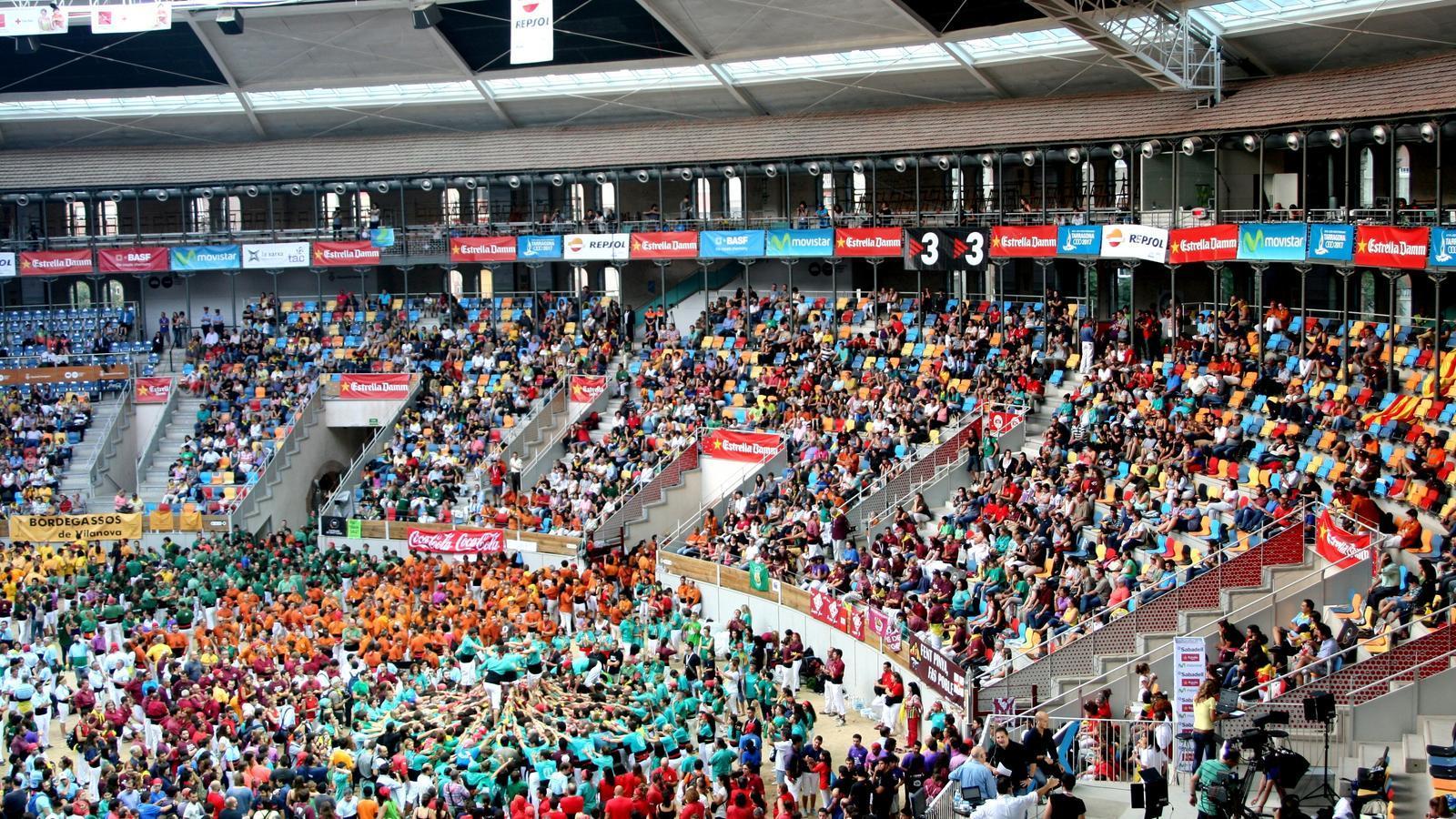 La Tarraco Arena Plaça s'omple cada dos anys de camises multicolors
