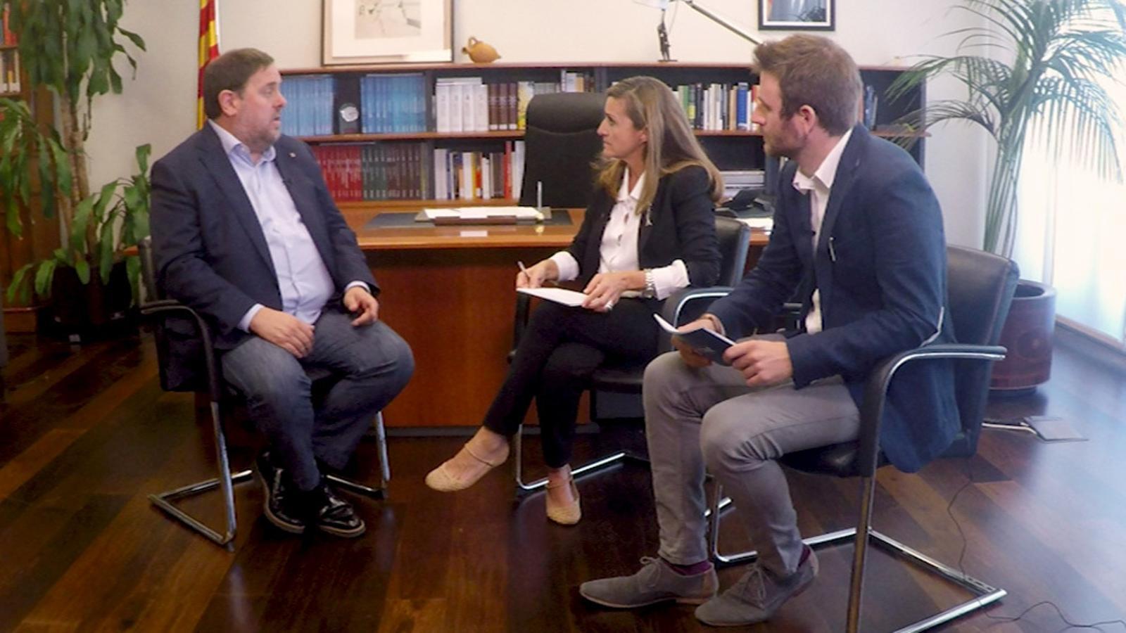 Entrevista d'Esther Vera i Maiol Roger a Oriol Junqueras