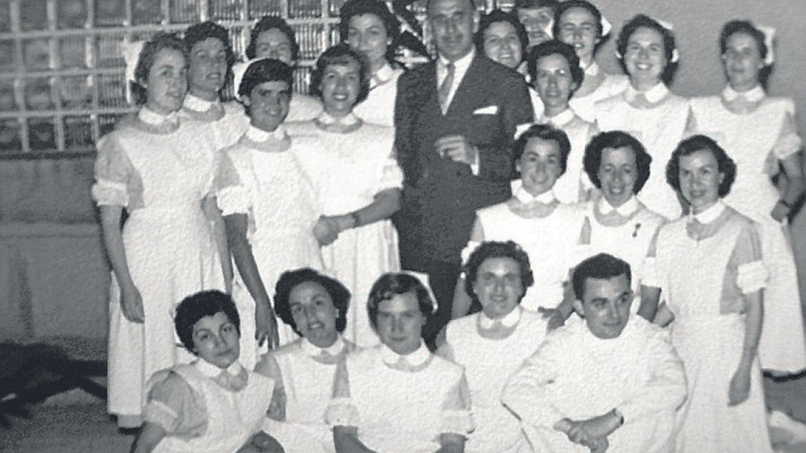 """Margalida Miró Bonet: """"Els metges cercaven infermeres hàbils, dòcils i que no els contradiguessin"""""""