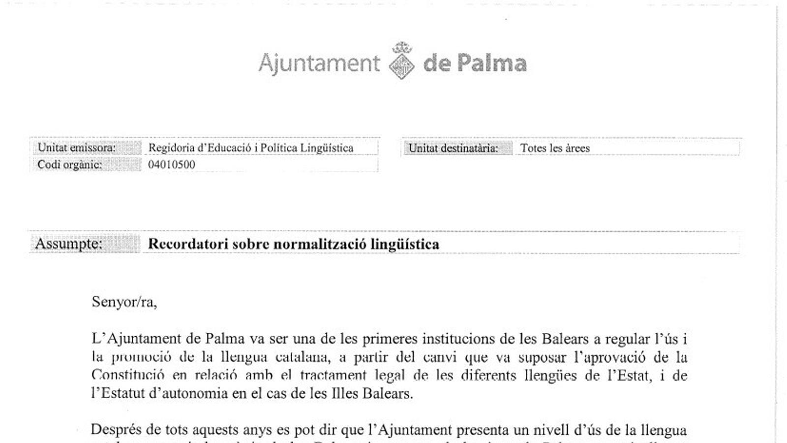 Carta del regidor de Palma Llorenç Carrió a tots els funcionaris de Cort