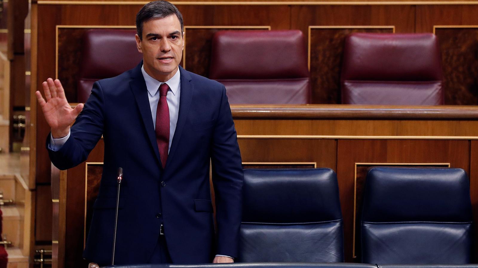 """Sánchez diu que """"la unitat salva llocs de treball"""" i Casado contesta: """"No li donarem suport per arruïnar Espanya"""""""