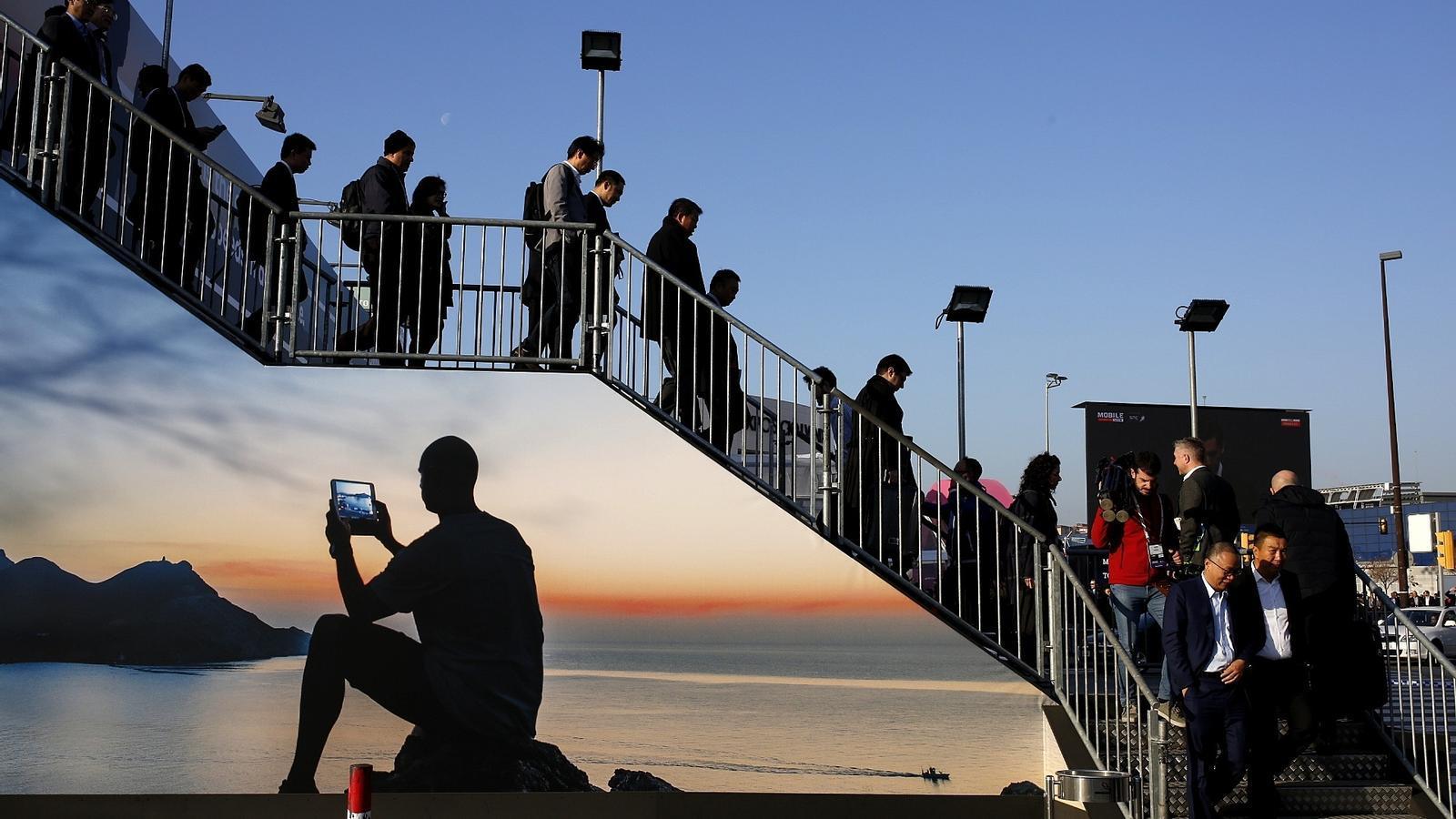 La Generalitat aprova el 'full de ruta' per desplegar el 5G a Catalunya