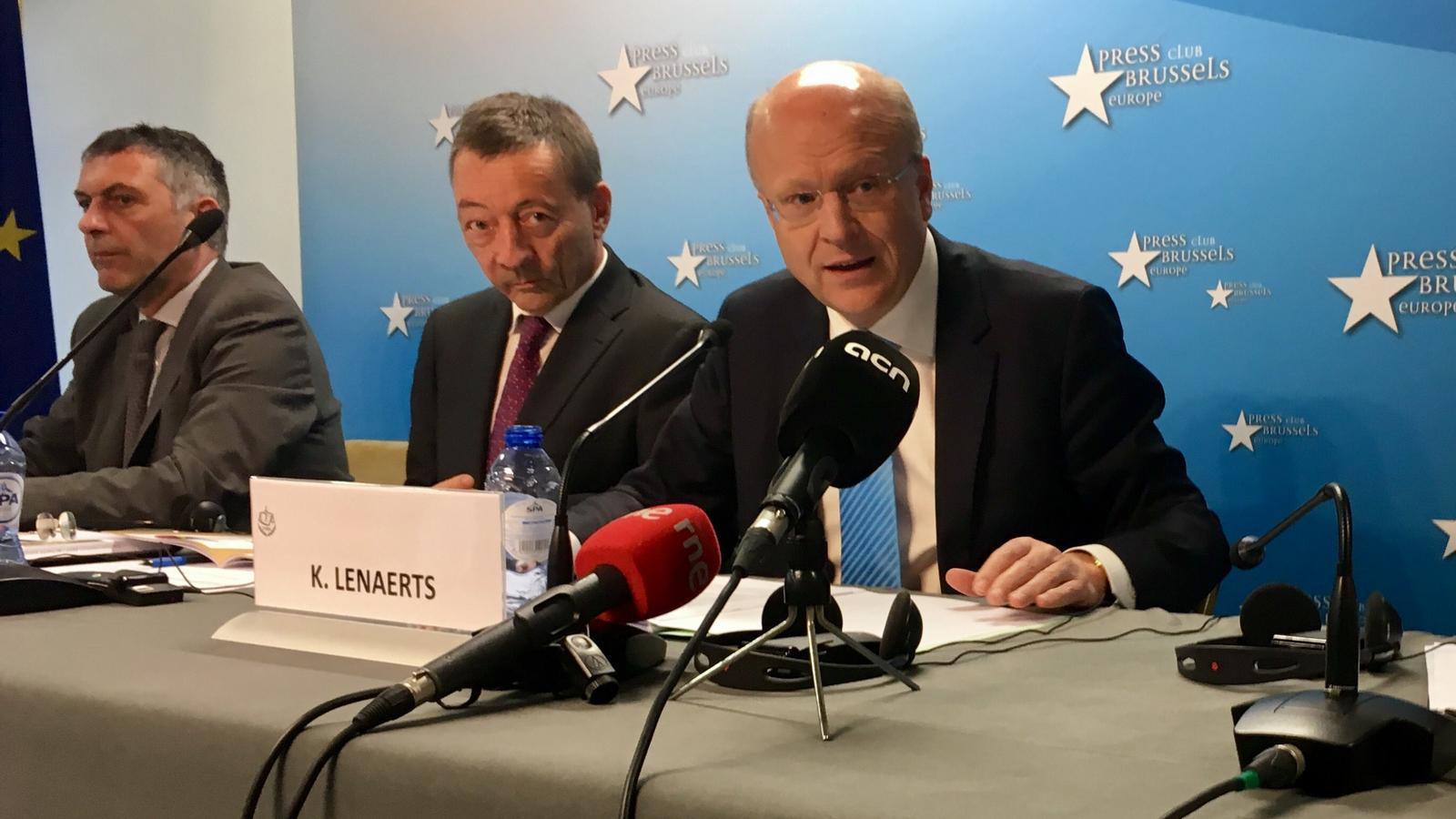 El president del Tribunal de Justícia de la UE, Koen Lenaerts, durant la roda de premsa