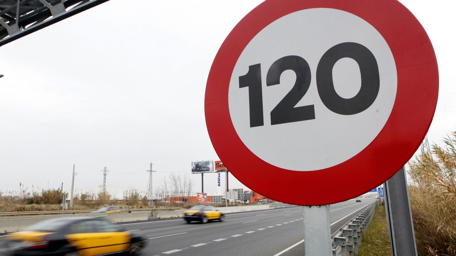 Weg sparen hübsch und bunt sehr bequem L'Estat rebaixa ara a 110 km/h la velocitat