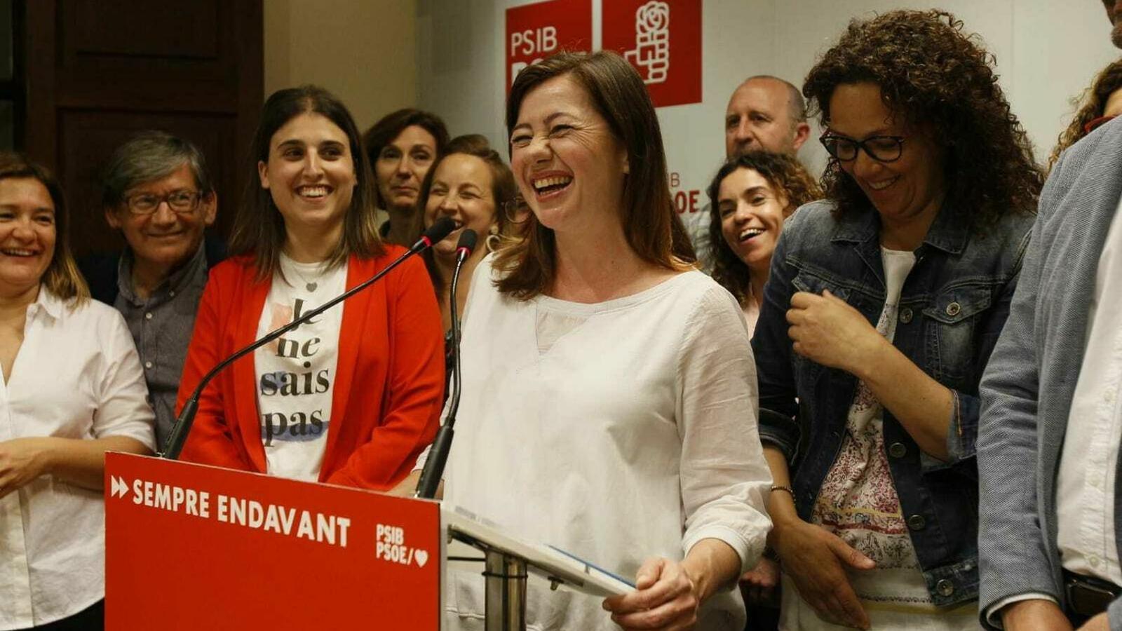 Els socialistes celebren la victòria a les passades eleccions autonòmiques en una imatge d'arxiu.
