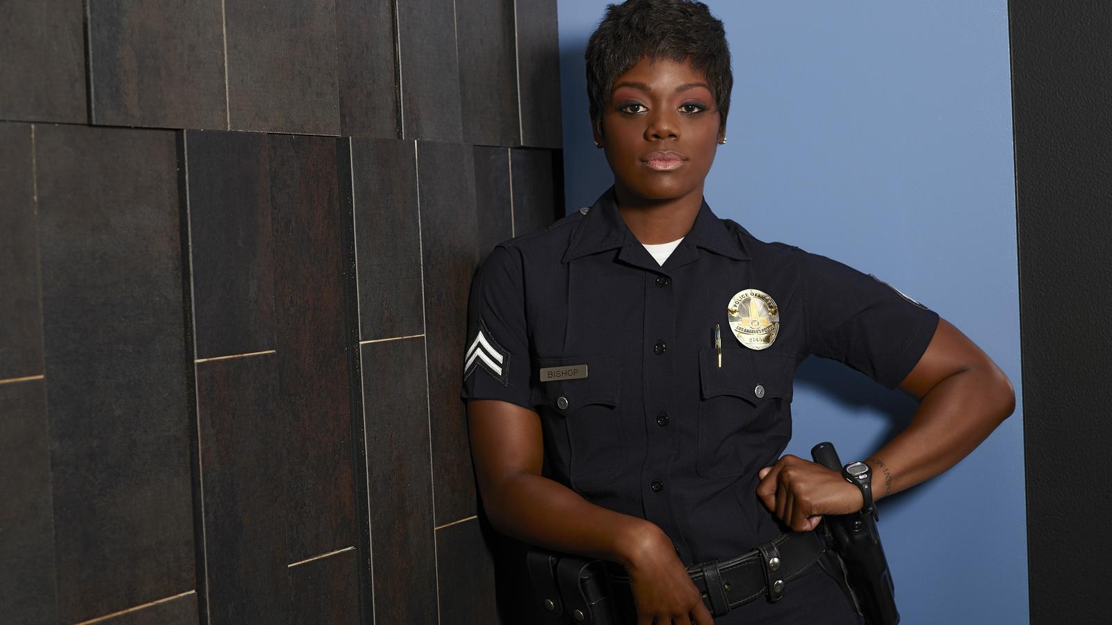Una actriu de 'The rookie' deixa la sèrie per assetjament sexual i discriminació racial