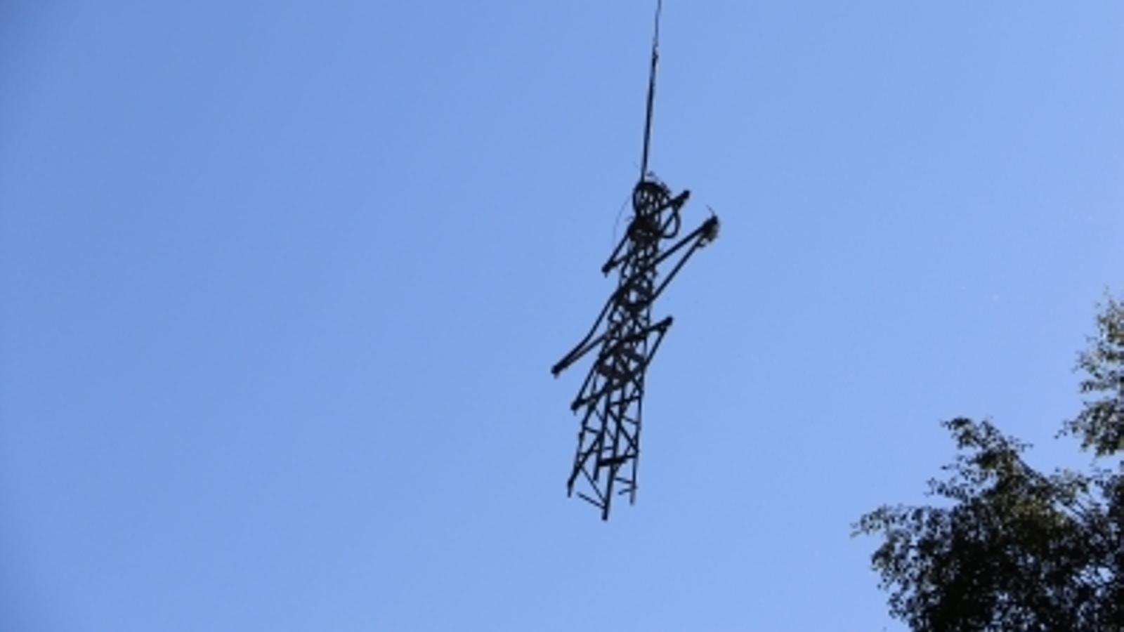 FEDA retira una torre de mitja tensió a Escaldes Engordany